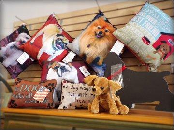 pet-gifts-pillows-richmond-hill-ga